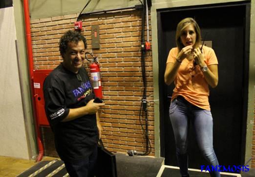 Imagem: Almir - Fanzmosis Brasil e Michele Menegatti - Assessora de Imprensa  - Foto by Fanzmosis/Wagner Picolli
